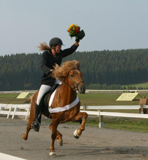 Bronce für Silvia und Blivar in der Passprüfung der Deutschen Meisterschaft 2006 (Foto: Daniela Kaminski)