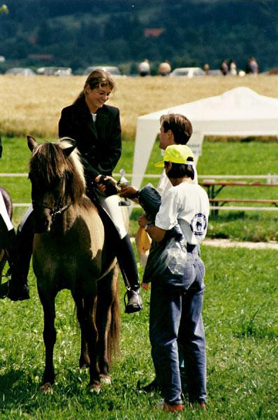 Eik frá Hoftúnum mit Silvia auf der Süddeutschen Meisterschaft 1996
