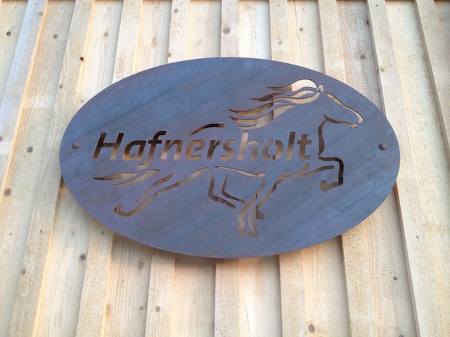 Hafnersholt Logo aus Metall